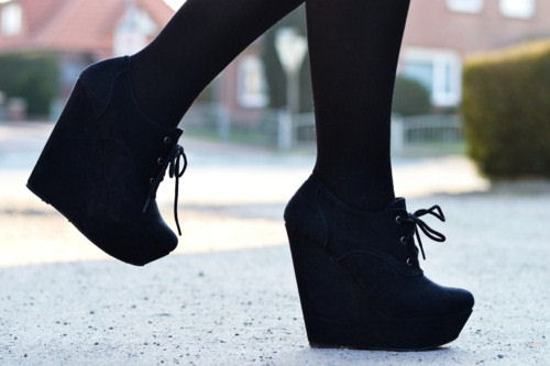 Во что обуем наши ножки этой зимой?
