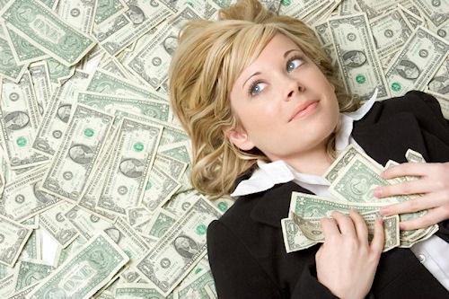Чем больше денег у человека, тем крепче он спит