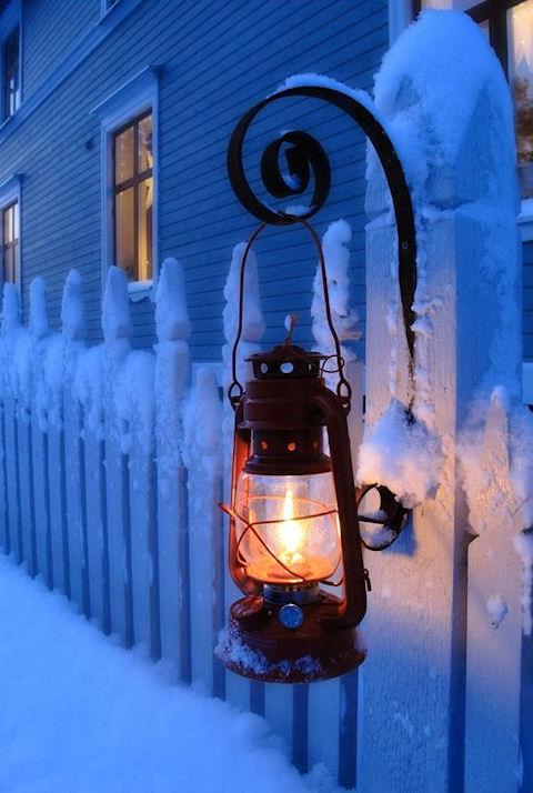 Зачем Деду Морозу Снегурка
